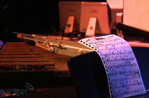 Video: robotic marimba player grooves autonomously with jazz pianist