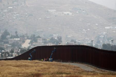 Judge thwarts Trump's plan to build border wall with military funds