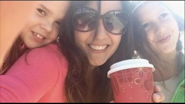 780 Starbucks Customers, and Counting, Pay It Forward
