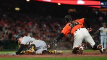 Giants unable to carry momentum home from LA, lose to Pirates