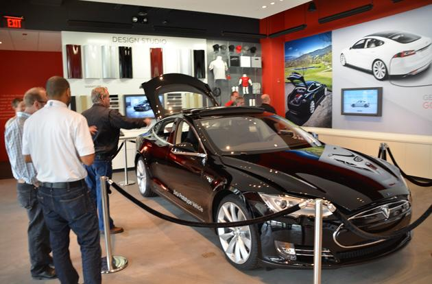Tesla strikes deal to keep selling its electric cars in Ohio