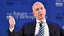 Jeff Bezos Claims National Enquirer Tried to Blackmail Him With Nude Selfie
