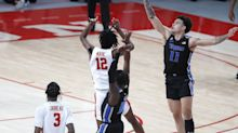 Listen: Radio call of No. 9 Houston's buzzer-beater over Memphis