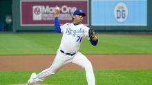 Royals deal Wainwright, Cardinals a loss