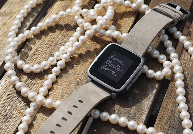 Pebble Time watches can reply to texts on iOS (if you're on AT&T)