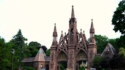 FOTOS | Un cementerio de cuento para los más ricos