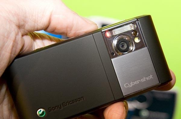Sony Ericsson C905 gets reviewed -- all 8.1 megapixels of it