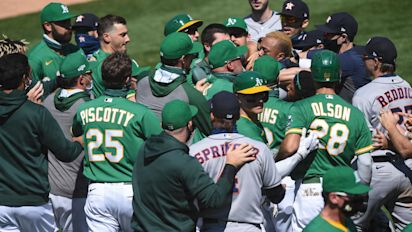Astros at center of bench-clearing brawl again