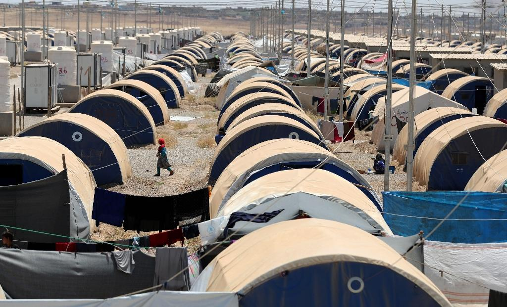 A picture taken on June 5, 2017 shows some of the 7,000 tents in the Khazir camp for the internally displaced, located between Arbil and Mosul (AFP Photo/KARIM SAHIB)