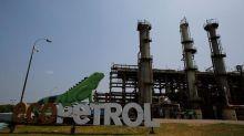 Colombia vote worries oil, mining investors