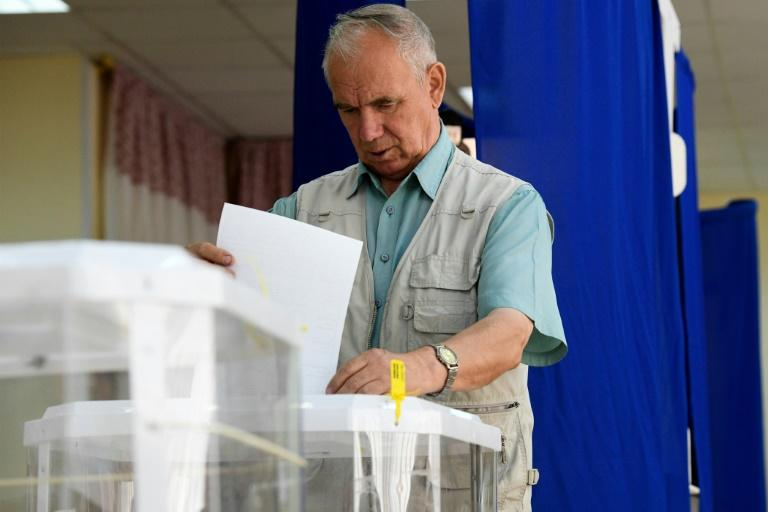 Putin's allies suffered major losses in local elections in Moscow (AFP Photo/Kirill KUDRYAVTSEV)