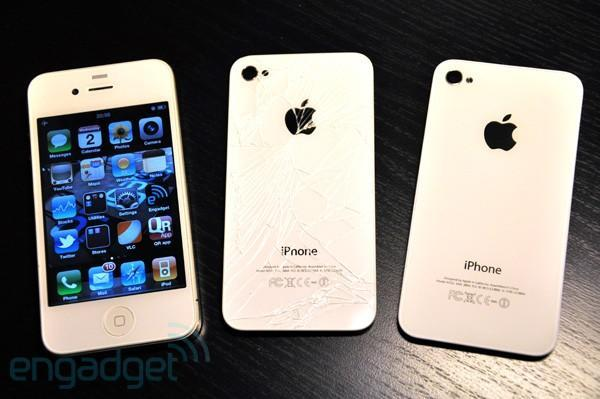Why the camera isn't the culprit for the white iPhone 4's delay (update: Woz responds)