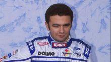 VÍDEO: Piloto argentino ex-F1 se recupera após acidente impressionante de moto; assista à batida