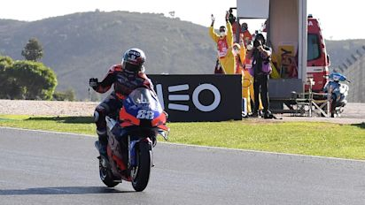 MotoGp, Oliveira trionfa davanti a Miller e Morbidelli