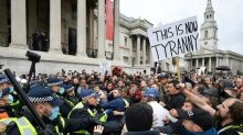 Zusammenstöße zwischen Demonstranten und Polizei bei Corona-Protesten in London