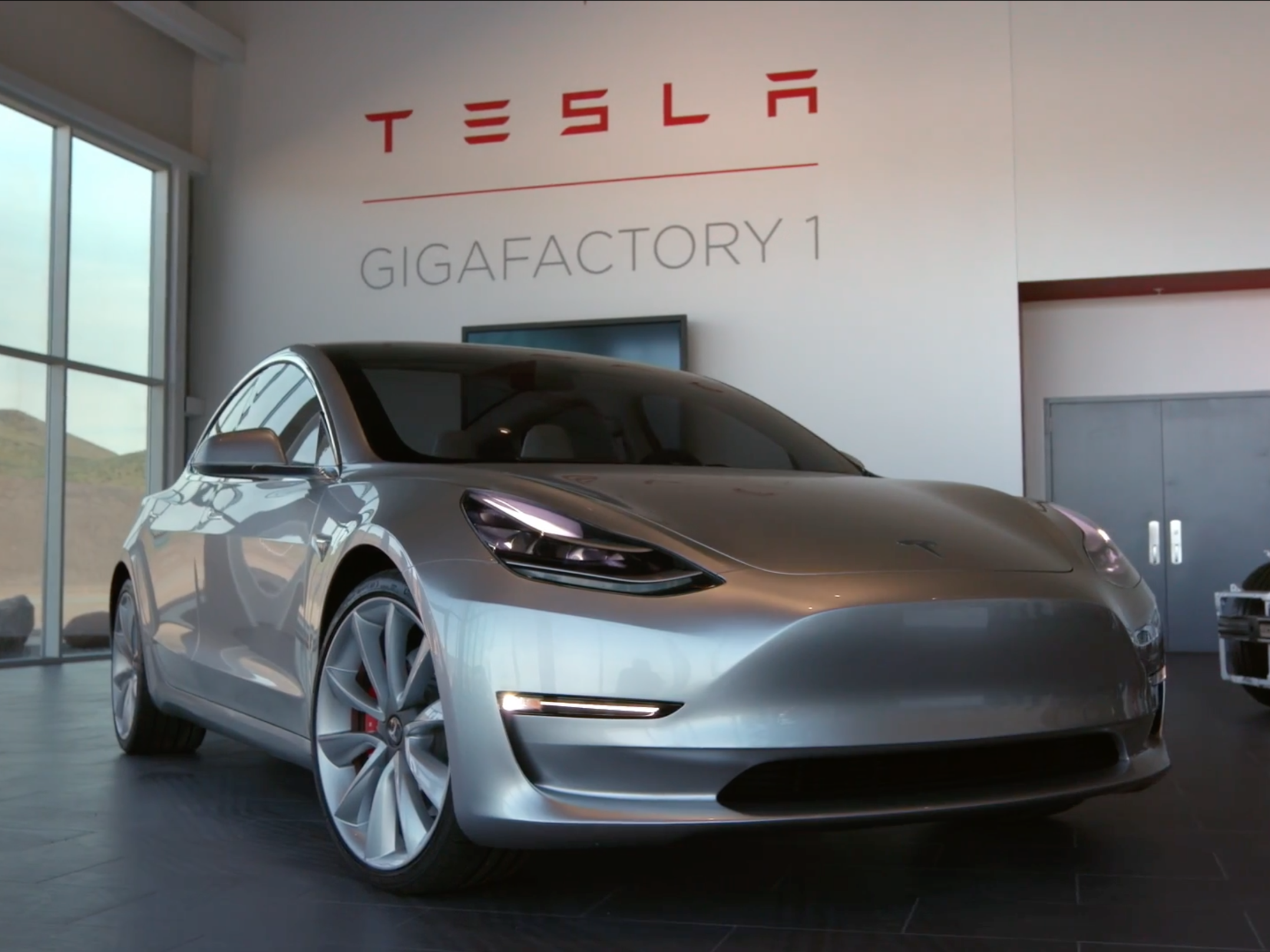 Tesla updates Model 3 shipping date for new orders