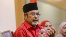 Umno MP: I love Indians, don't judge me by my songkok