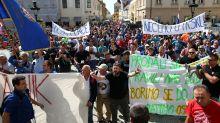 Nei Balcani turbolenti si teme la bassa affluenza alle europee: Croazia e Slovenia al voto