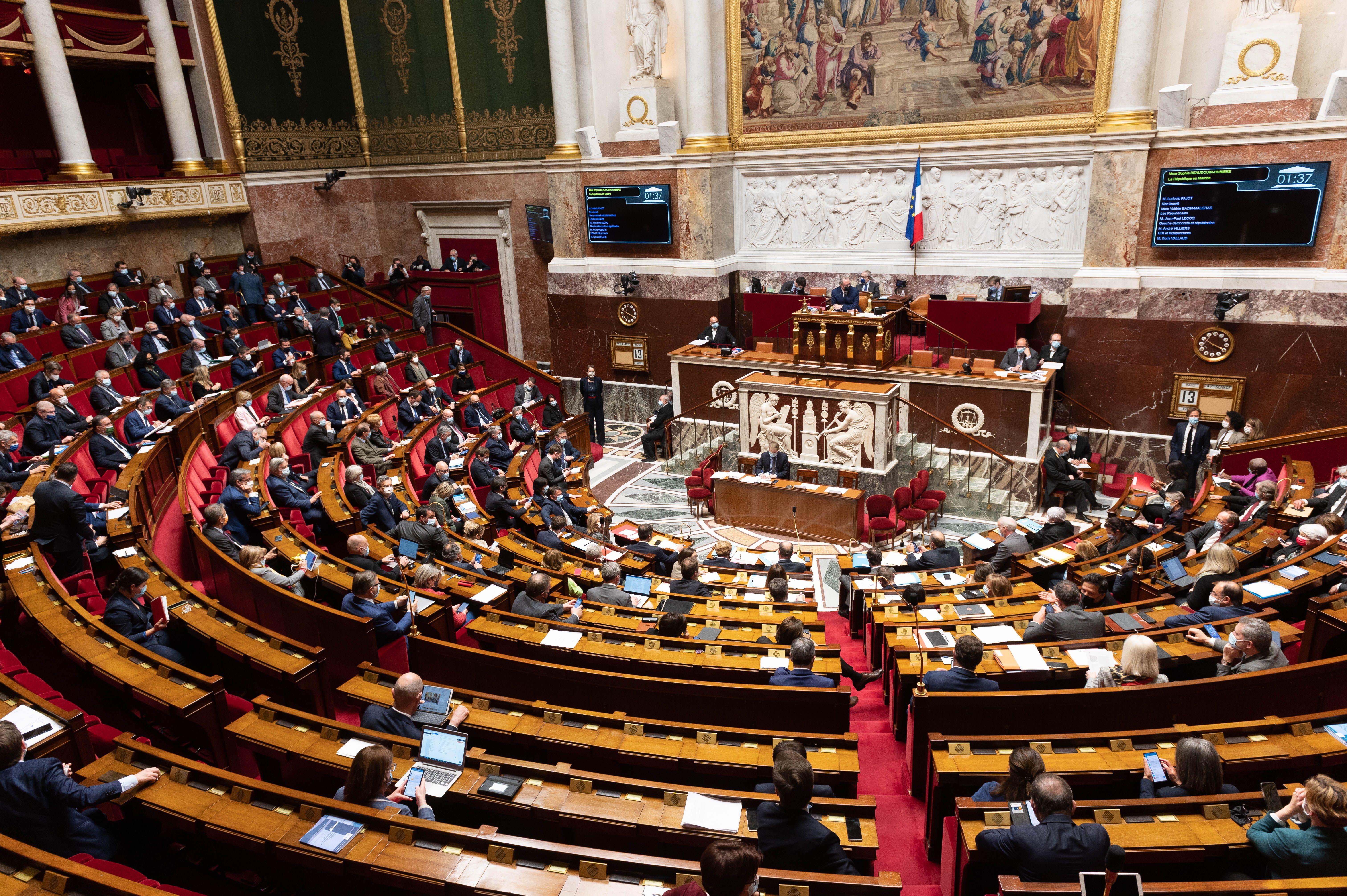 Sécurité globale: le Parlement adopte définitivement la loi avec de nombreux apports du Sénat