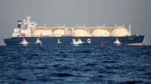 Virus lockdowns pummel global gas demand, force LNG output cuts