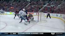 Craig Anderson closes the pads on Ryan Kesler