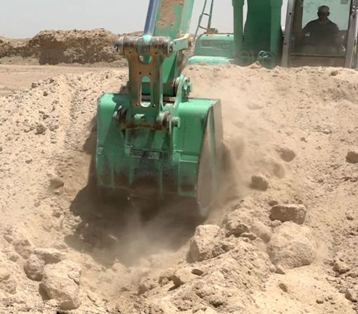 Iraq is Digging A Security Trench Around Fallujah