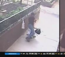Woman Choked, Robbed In Manhattan