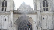 """Incendie de la cathédrale de Nantes : """"C'est un drame parce que c'est un des plus beaux orgues de France qui vient de partir en fumée"""", confie un historien"""