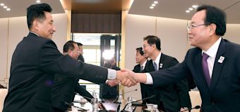 In historic move, Koreas agree to joint Olympic team