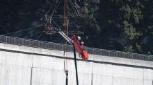 Freddie Flintoff terrified in 'horrific' Top Gear bungee jump car stunt