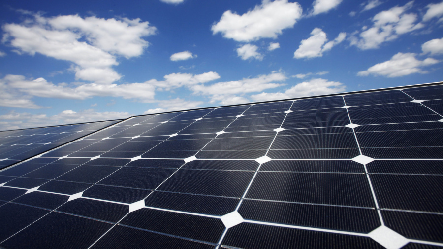 Morning Brief: Walmart sues Tesla over its solar panels