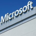 U.S. Supreme Court weighs Microsoft overseas data fight
