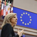 EU commission urges member states to speed up vaccination