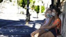 População que sofre sem ônibus rebate Crivella: 'Está governando para empresários'