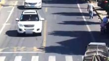 Car carrying cylinders of refrigerant explodes on Chinese road