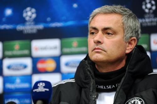 El técnico del Chelsea, el portugués José Mourinho, en la rueda de prensa previa al partido de ida de octavos de final de la Champions League entre el Chelsea y el Galatasaray, en Estambul, el 25 de febrero de 2014