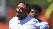 Browns' Garrett not pushing teammates to get COVID vaccine