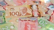 US dollar breaks higher against Canadian dollar