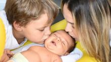 "Carol Dantas desabafa sobre ser mãe de dois: ""Loucura"""