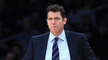 Kings will move forward with Walton as coach