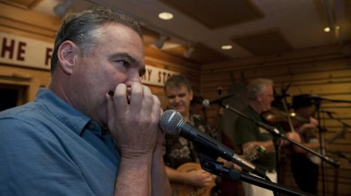 Tim Kaine channels Bill Clinton with 'Late Show' harmonica performance