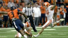 Clemson, struggling with field goals, brings in kicker from campus