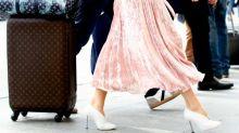 Llevarás botas, botines y zapatos blancos