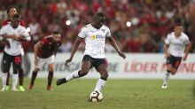 El colombiano Martínez Borja marca dos y acerca a Liga Quito a la final en Ecuador