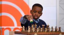 El niño prodigio que pasó de ser un refugiado en la indigencia a convertirse en maestro nacional de ajedrez