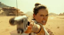 Star Wars: The Rise Of Skywalker: Clip - Pasaana Speeder Chase