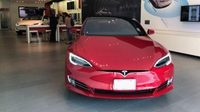 Tesla settles class action lawsuit over Autopilot