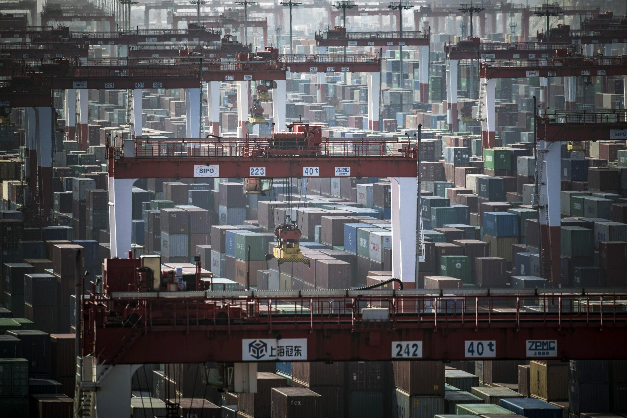 EM Review: Recession Fears Outweighed Delay in Some U.S. Tariffs