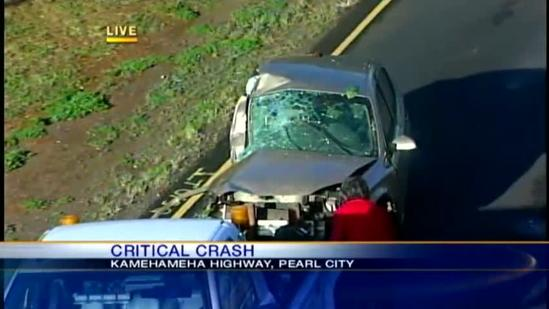 Man hospitalized in critical condition in Pearl City crash