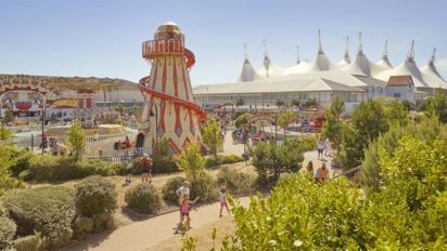 Man dies after mass brawl at Butlin's